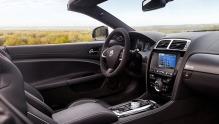 Jaguar XKR-S: Aldri har det gått fortere i Jaguar-cabriolet