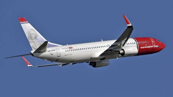 Norwegian fly 926823i Flytrafikken fortsetter å øke i mars