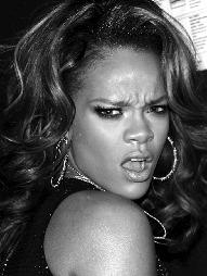 SUPERSTJERNE: Rihanna er en av verdens største popstjerner for tiden.