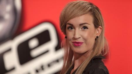 Monika Blomeid er «The Voice»- favoritt, hun er både sexy og et stort sangtalent! thumbnail