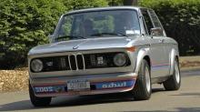 BMW 2002: Ser du hva som er ulovlig på dette bildet?