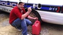 Stjal bensin fra politibil