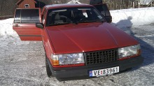 """Bilen min Volvo 740: Den har et alvorlig """"bensinproblem"""""""
