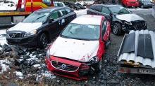 Bilene lå strødd etter bilfrakteren