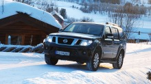Test Nissan Pathfinder: For millionærer som virkelig vil snobbe ned