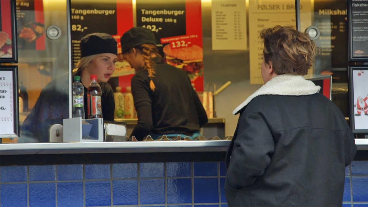 Bilde for: Else Kåss tester tålmodigheten til sindige sørlendinger: – Har dere økologisk burger?