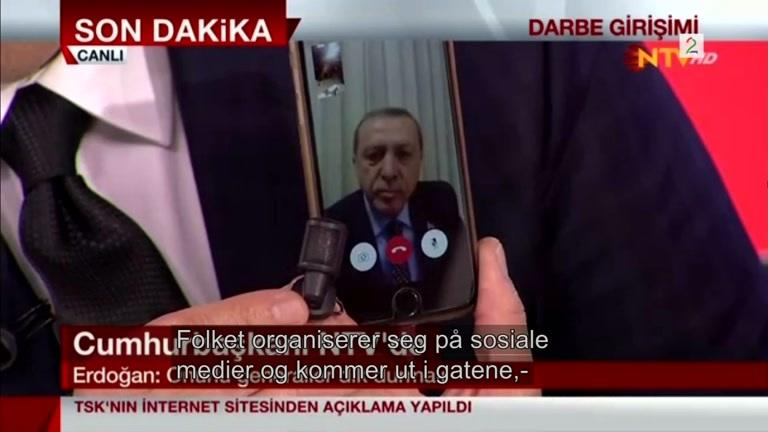 Bilde for: Her taler presidenten til folket via facetime